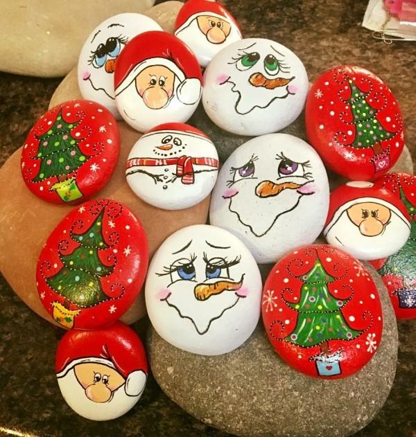 Χριστουγεννιάτικη ζωγραφική σε πέτρες και βότσαλα75