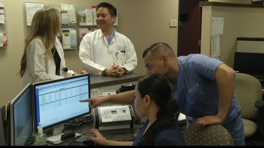Healthcast- Doctors debate safety of absorbable stents_04511577