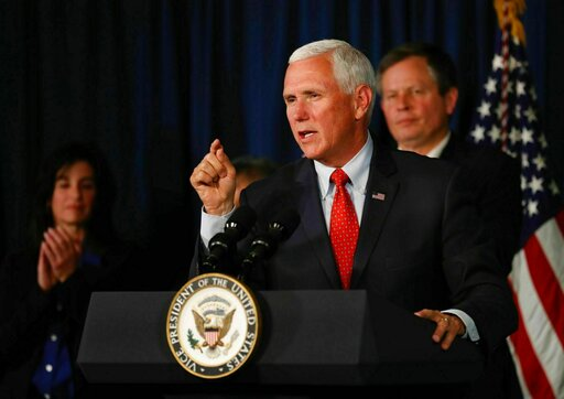 Mike Pence, MTBIL101-PenceVisit-CP