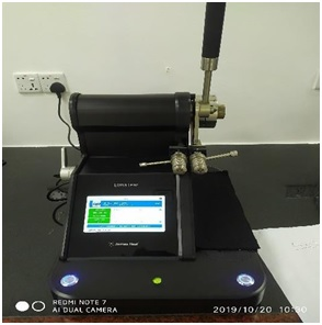 Tear strength testing machine