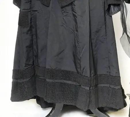 Bombazine fabric