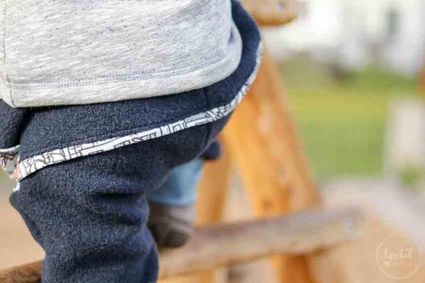 Kinderoutfit aus Walkhose und Sweater nähen - Bild 3 – textilsucht.de