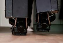 Ingeniero francés creó un exoesqueleto para su hijo