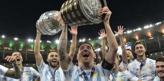 Una foto de Messi con la Copa América batió el récord de vistas en Instagram