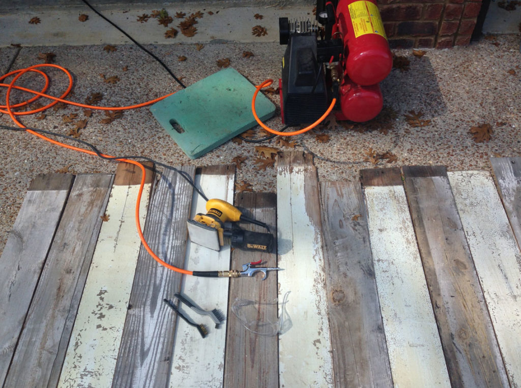 Reclaimed wood wall diy textures nashville for Reclaimed wood suppliers