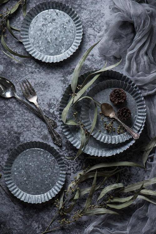 Vintage die-cut metal tray