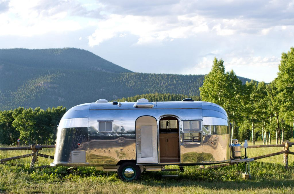Cloud Flying Airstream 23 2017