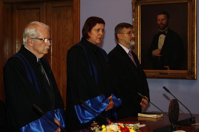 Dekan, zamjenica voditelja studija i predstavnik crkava osnivača