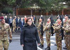 Il Ministro della Difesa Elisabetta Trenta in visita ai reparti dell'esercito a Catania e Messina