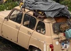 """""""La Renault 4"""" a Mazzarino"""