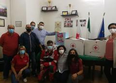 Consegna generi di prima necessità e per l'igiene personale a padre Giuseppe Alessi per i detenuti del Carcere Malaspina di Caltanissetta