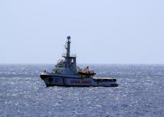 Migranti: riportati su Open Arms, i 76 che erano in mare