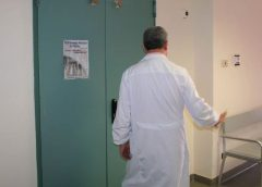 Acqua nella sala operatoria dell'ospedale di Gela, infiltrazioni con le piogge