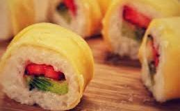 fresh fruit sushi