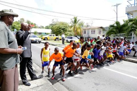 THA Chief Secretary Kelvin Charles starts the road race.