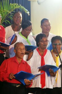 The Music Amateurs Choir performs.