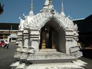 www.thai-dk.dk/penfoto/6/DSCF1308.jpg