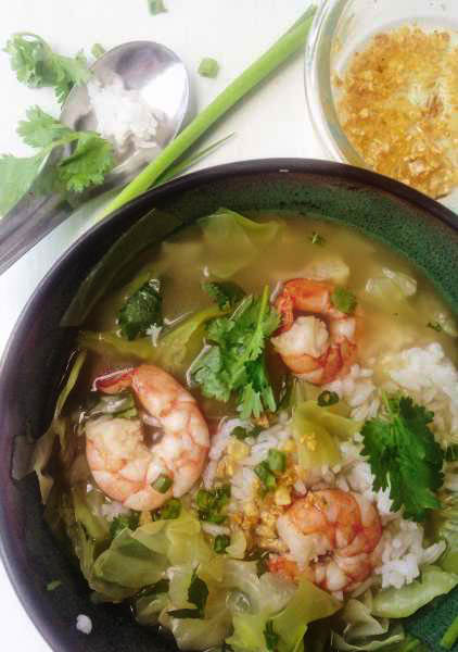 Thai Rice Soup with Shrimp | Khaw Tom Goong