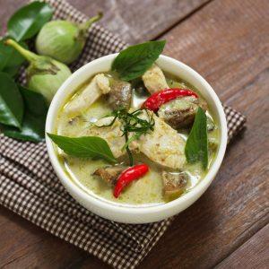 poulet-Cari-vert-thai-istock