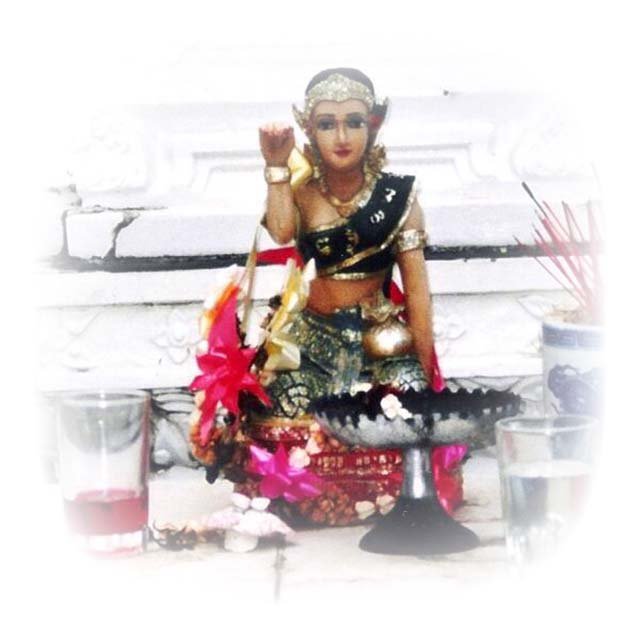 Nang Kwak Supawadee Wealth Bringing Merchants Daughter Goddess
