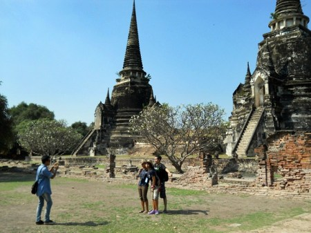 Tourist are back in the site of Ayutthaya, now 90% dry