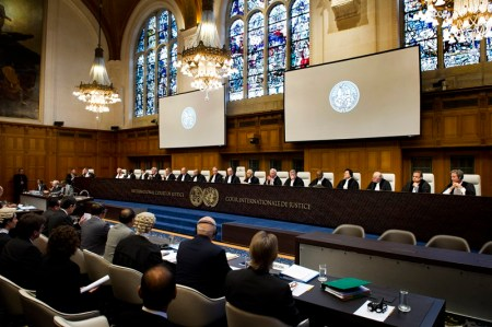 ICJ Judges at the opening of the public hearings in the Temple dispute (Cambodia v.  Thailand). Les juges de la CIJ à l'ouverture des audiences (affaire Cambodge c. Thaïlande).