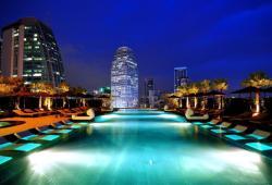 Grande center point hotel Bangkok near Soi Cowboy