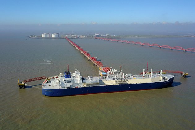 China about to become top LNG importer this year