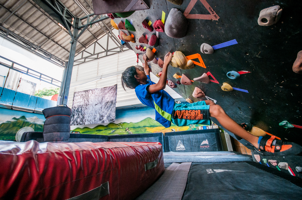 Learn to climb at the CMRCA wall!