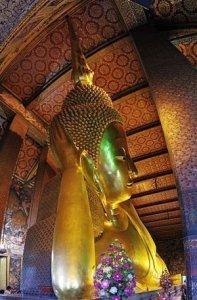 Bangkok_Wat_Pho_reclining_Buddha