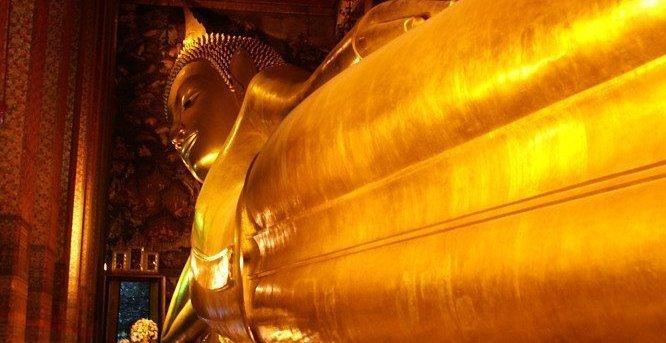 Bangkok Wat Pho Temple of the Reclining Buddha