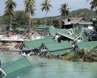 Tsunami thailand 2004