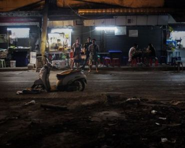 Bangkok Soi 38 food vendors struggle to survive