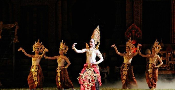 Thailand festivals Flower & Four Tribes Festival Dok Lam Duan