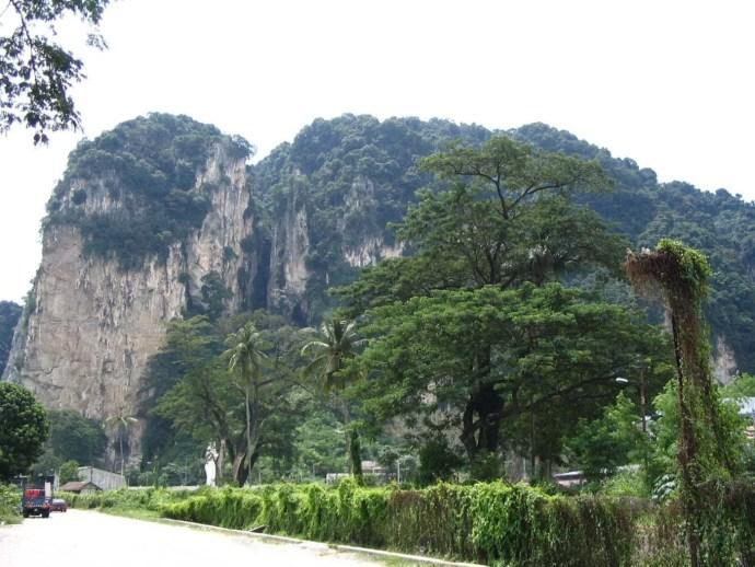 montagne Batu caves avant KTM