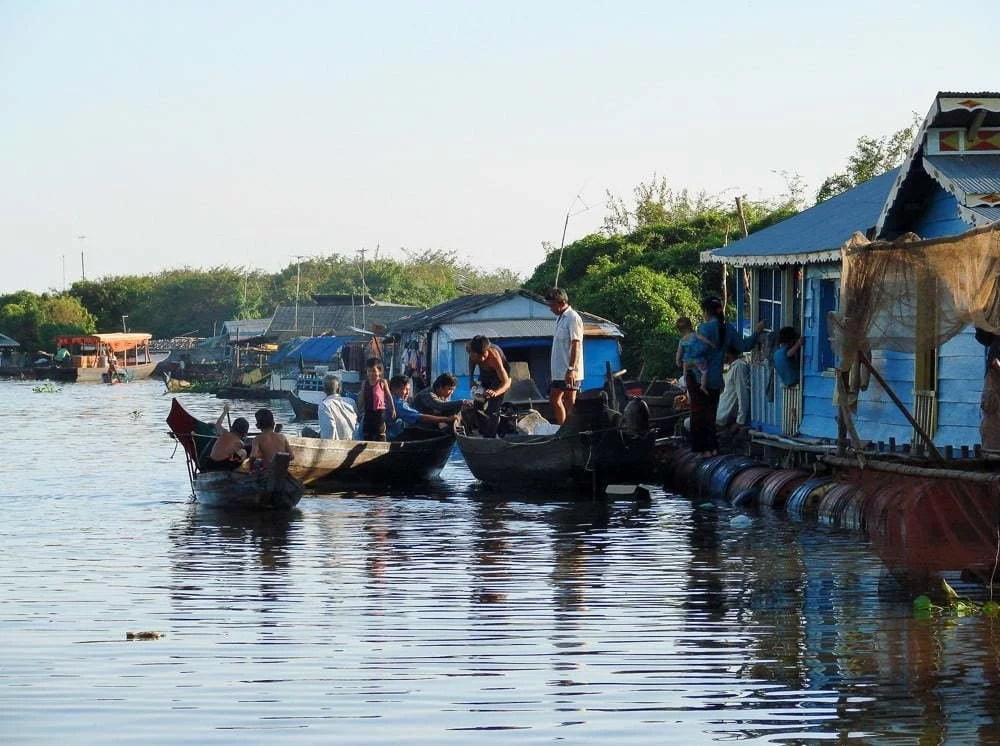 village flottant chong kneas en 2007
