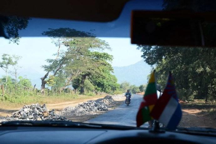taxi hpa an myawaddy birmanie