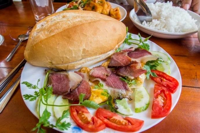 sandwich Bac Ha Vietnam