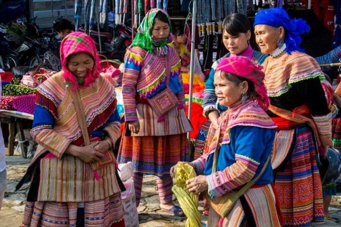 marche bac ha flower hmong nord vietnam