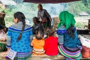 minorités ethniques marché Lung Phin - Bac Ha Vietnam