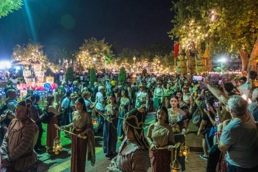 procession miss loy krathong bangkok
