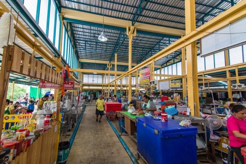 marché phetchaburi thailande