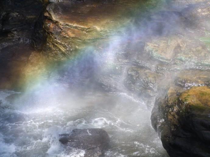 arc en ciel wachirathan waterfall doi inthanon