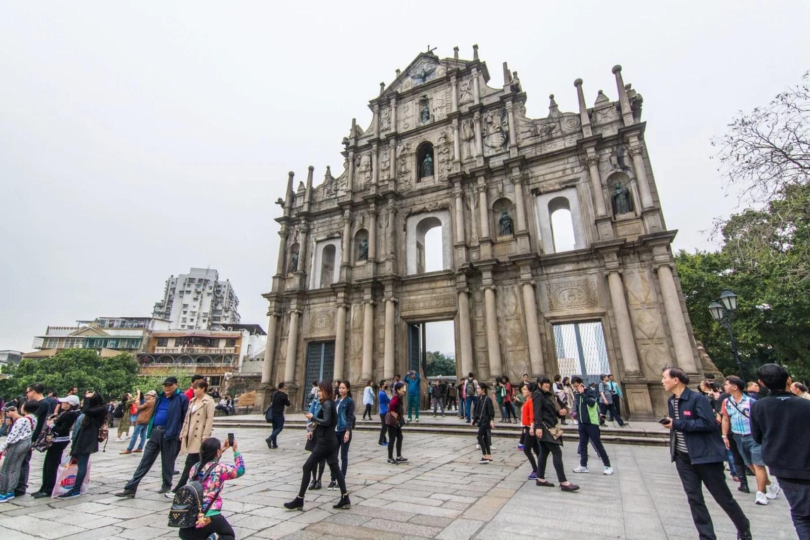 façade des ruines st paul - macao