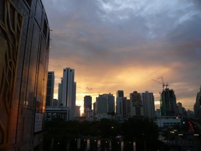 coucher de soleil bangkok septembre
