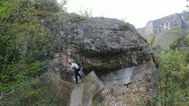 parcours tyrolienne via ferrata blogtrip aveyron