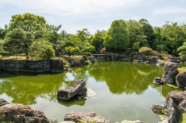 jardin du chateau nijo-jo à kyoto - japon