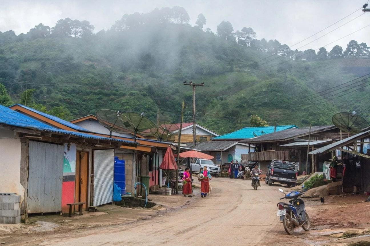 au village de ban nor lae doi ang khang - thailande