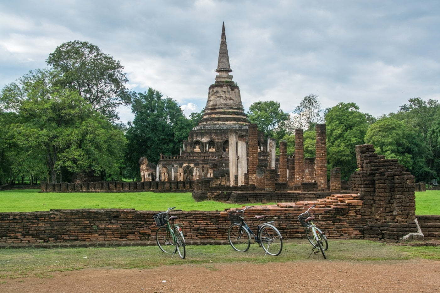 wat chang lom - si satchanalai - thailande