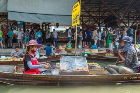 grillades marché flottant damnoen saduak